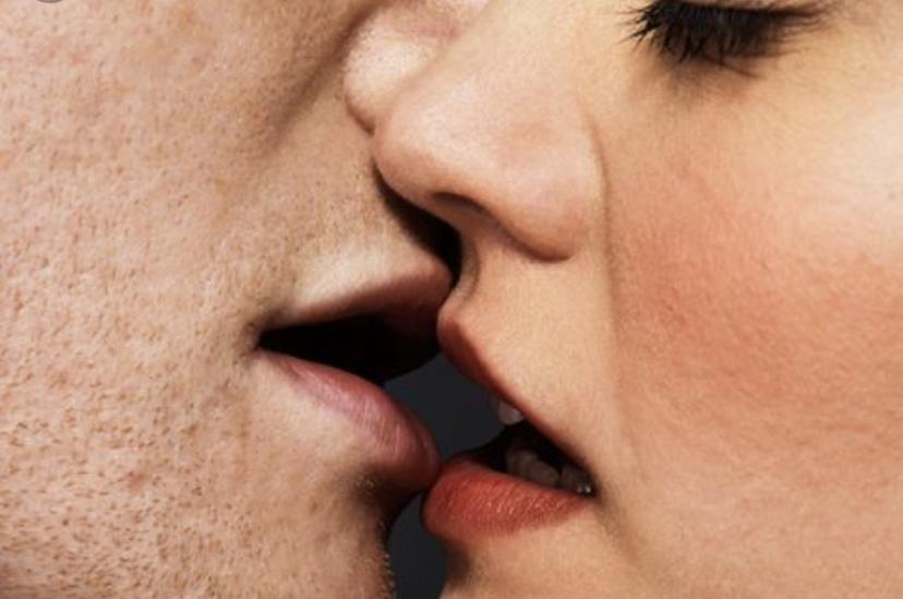 Era già bacio